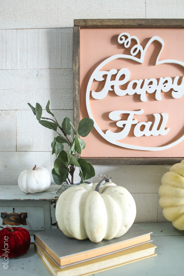 Love this sweet little handmade farmhouse-style FALL SIGN... hello fall! Make me! #diy #handmade #sign #falldecor