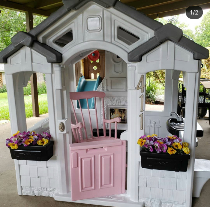 Oh my goodness, look at this pink rocking chair playhouse!! #pinkplayhouseideas #diyplayhouseremodel #remodelplayhouse #playhousemakeover #pinkplayhousemakeover