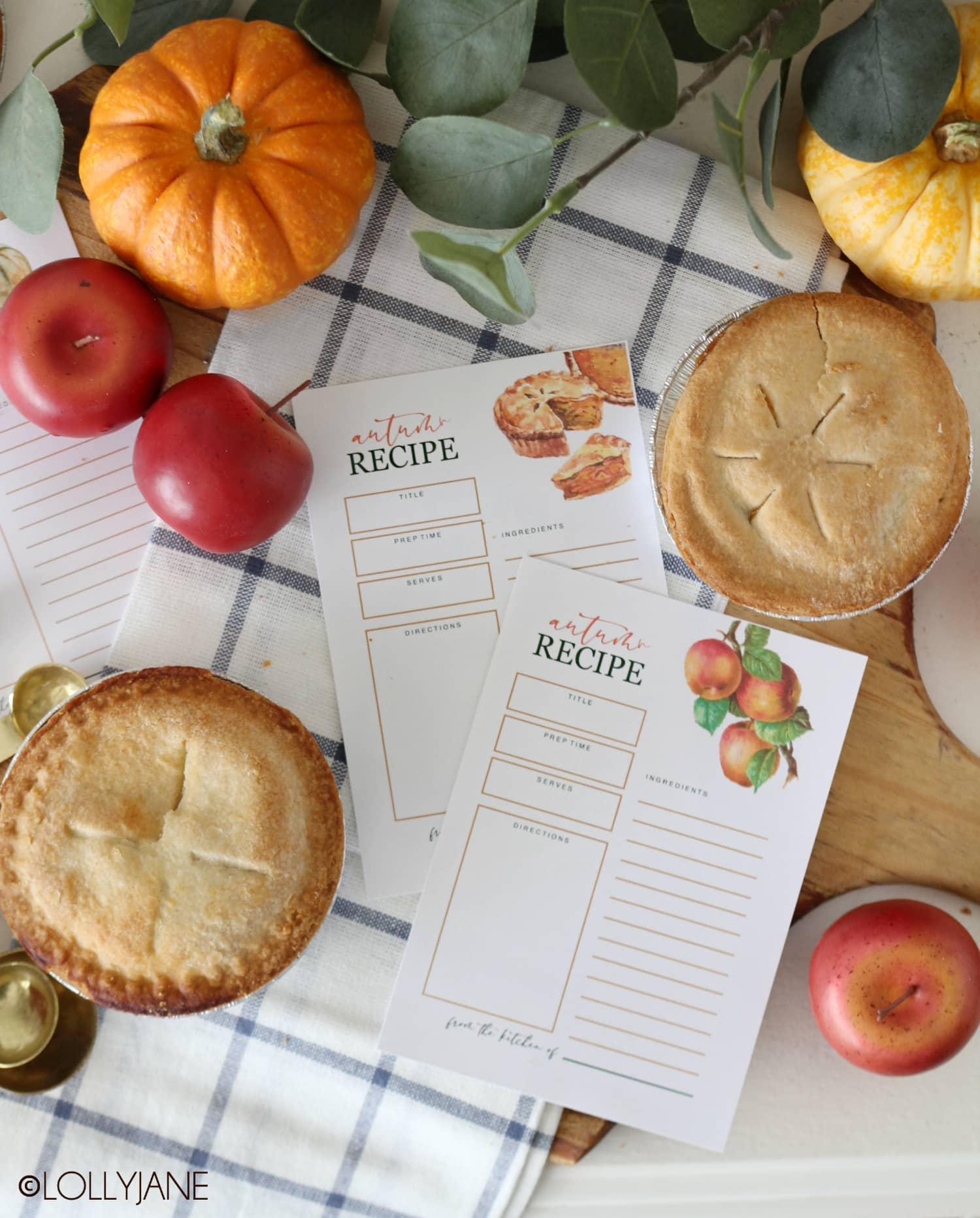 Gorgeous FREE printable fall recipe cards, perfect to print and pass along with your favorite autumn foods! #freeprintable #printable #recipecard #printablerecipecards
