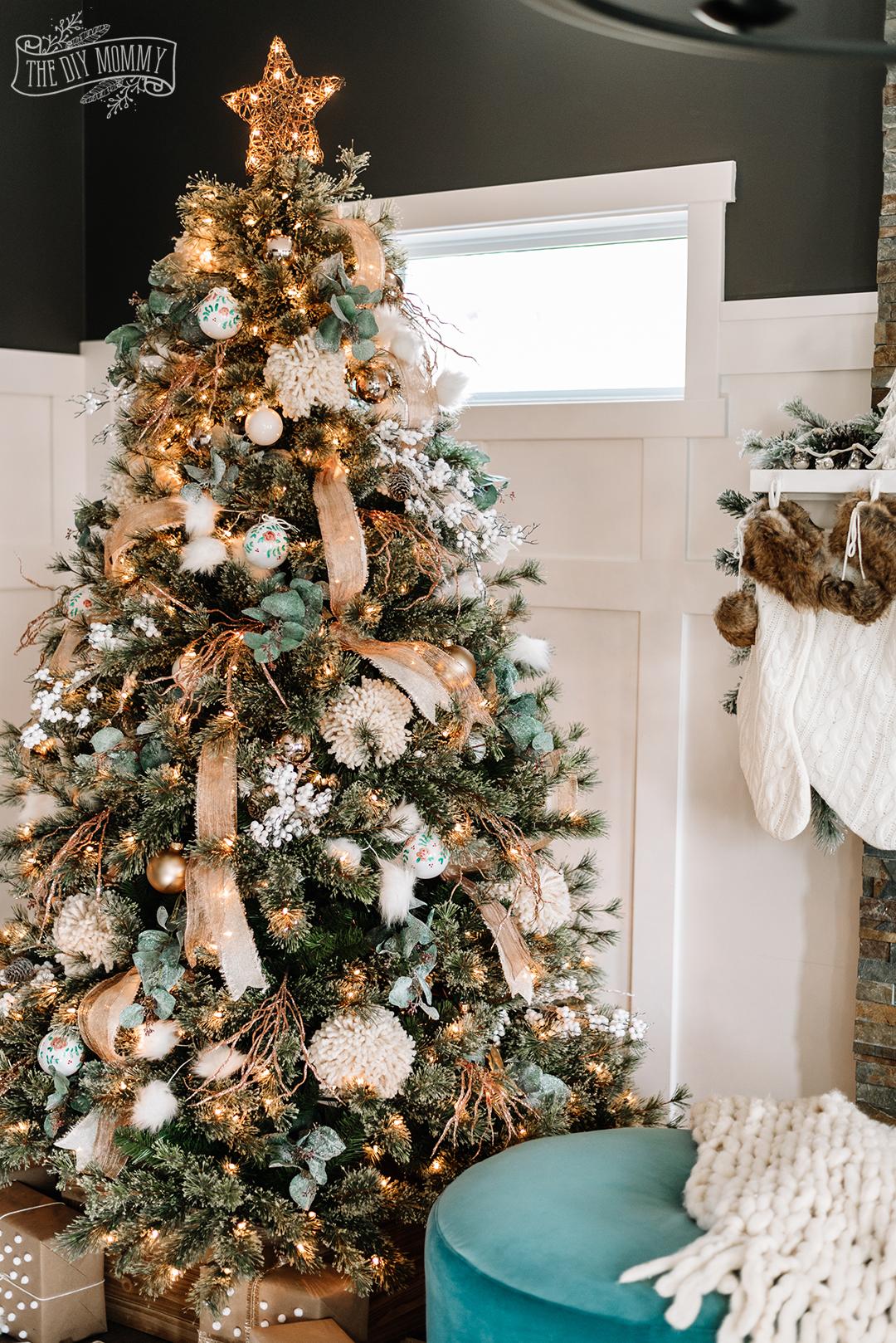 Gorg boho rustic glam Christmas Tree!