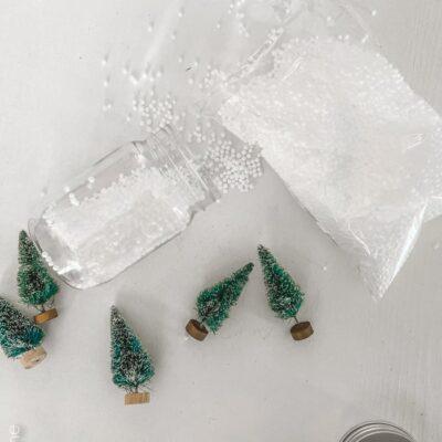 DIY Mason Jar Snow Globe Ornament