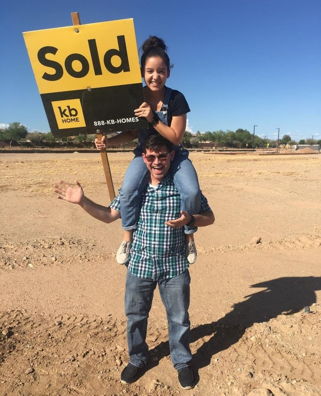 Congrats on your new homesite! Want to know what to expect next?? Click through to see! #KBHome #ArizonaHomeBuilder #AZcommunity #neighborhood #newbuild #custombuilt #newhome