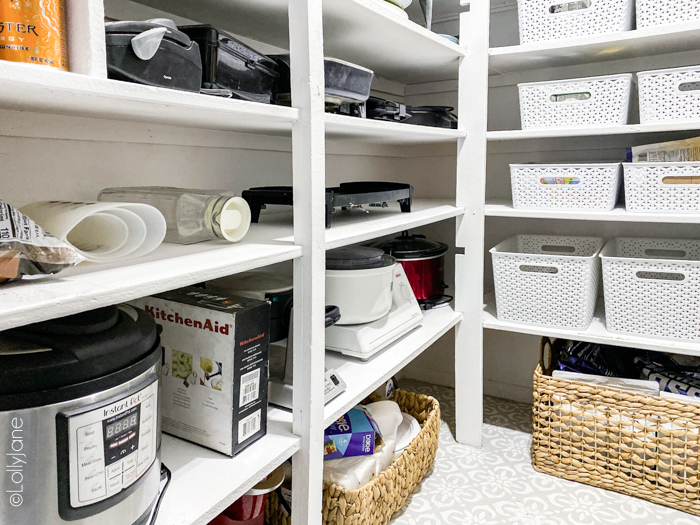 "Oooh la la! Check out the ""after"" to this farmhouse style pantry makeover that is STUNNING! SO many tips and tricks to copy this look, love it! #pantrymakeover #farmhousepantry #storage #organization #pantryorganization"