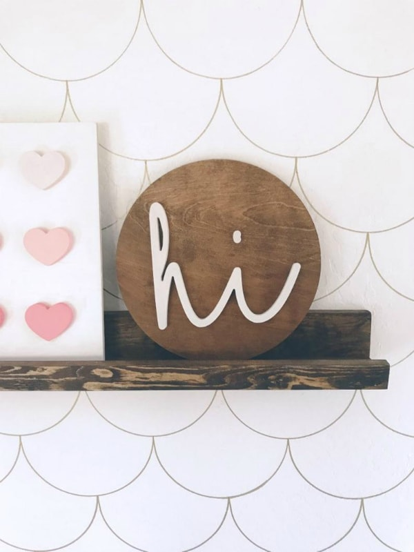 Love this adorable hi script wood cutout sign, so cute! The cutest handmade gift idea! #woodcutout #woodsign #hiwoodcutout #etsyshop #lollyletters