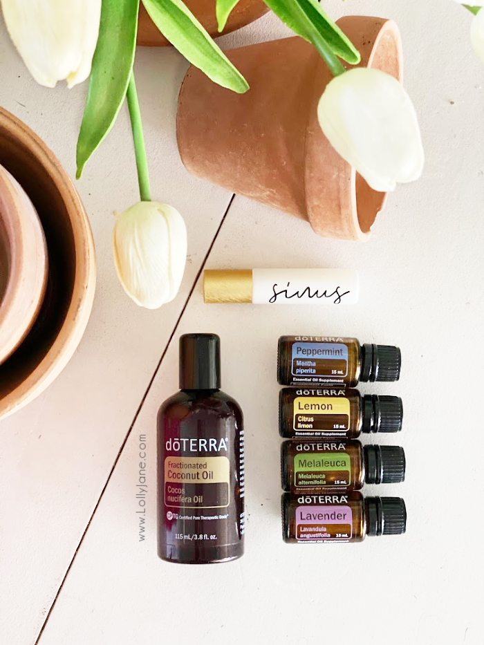 Easy to make doTerra sinus rollerball blend recipe using a handful of oils. Naturally ease sinus pressure with this natural rollerball blend. #doterra #essentialoils #sinusrollerballrecipe #sinusdoterrarecipe