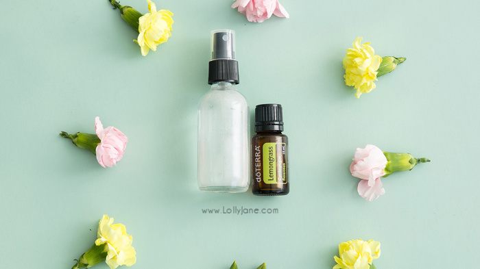 How to order essential oils starter kit! Are you ready to ditch toxins? Interested in a healthier lifestyle with green cleaning? You need essential oils, we're here to help! #essentialoils #doterra #doterraessentialoils #greencleaning #greenliving #toxinfree