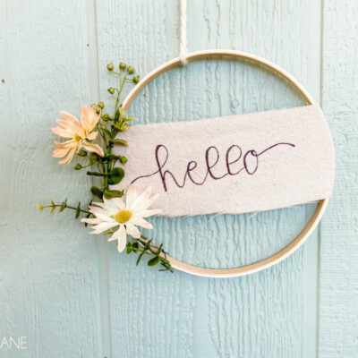 DIY Canvas Banner Hoop Wreath