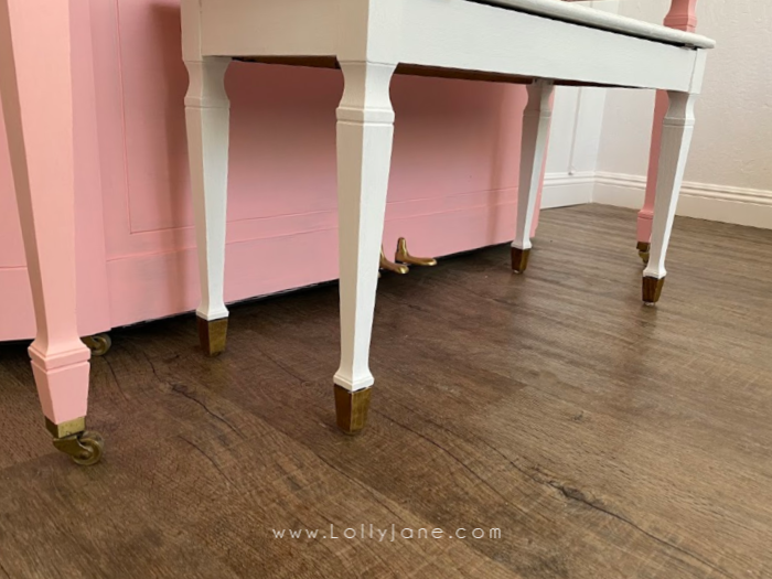 Add some Rub N Buff to the bottom of piano feet and a bench to create a pretty gold accent! Love the gold feet with the painted pink piano! #howtopaintpiano #paintedpiano #paintedpianotutorial #pinkpiano #paintedpianoideas