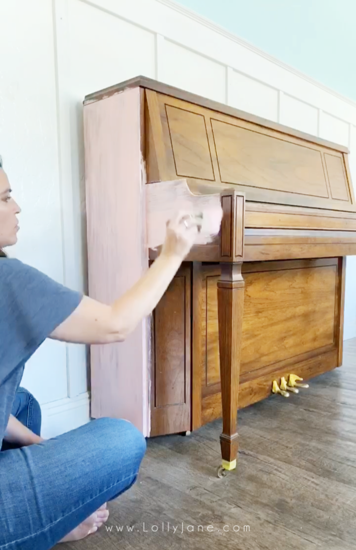 Painting a piano is so easy! Use a quality paint and our favorite $5 brush to get it done in a couple hours! #howtopaintpiano #paintedpiano #paintedpianotutorial #pinkpiano #paintedpianoideas