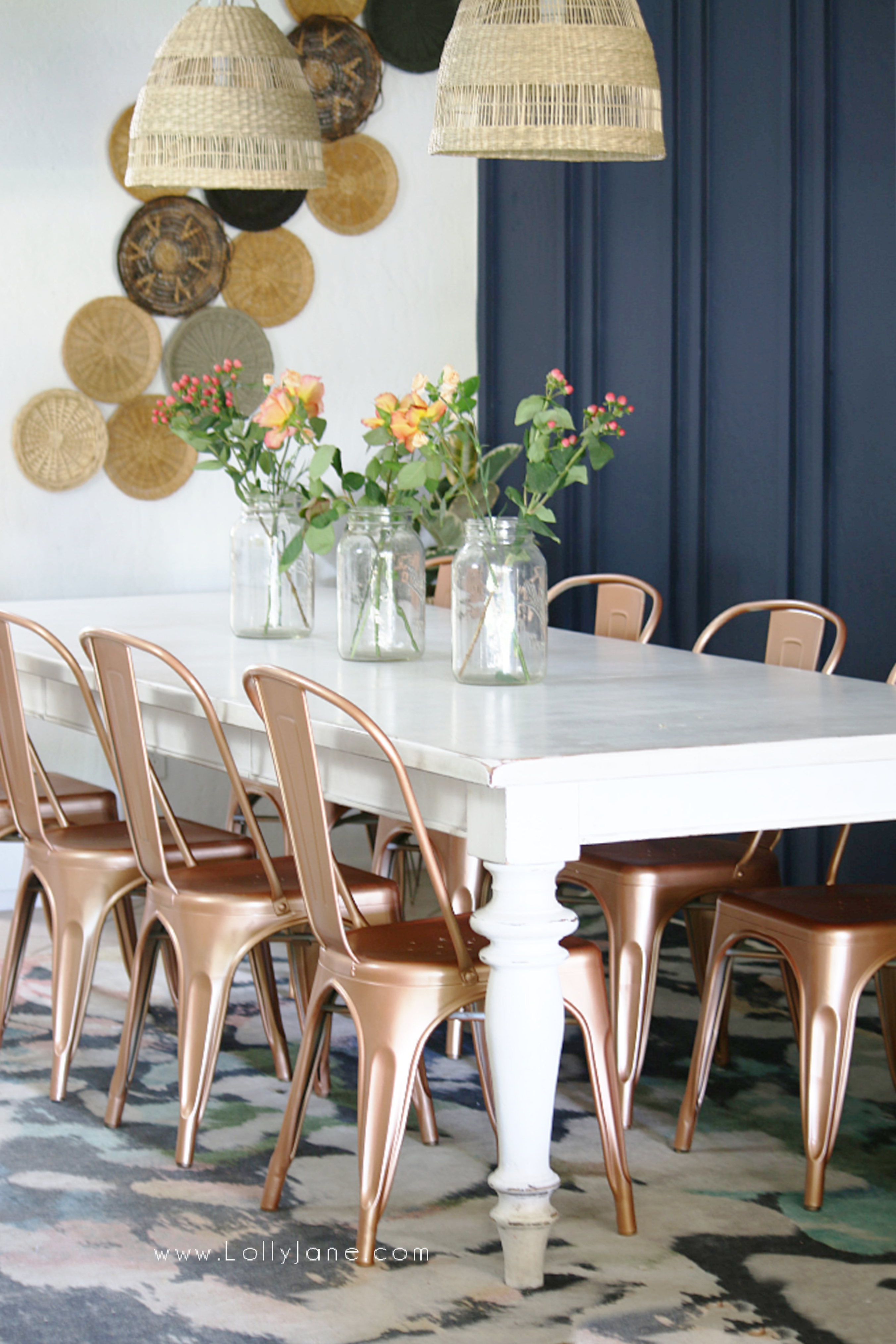 Boho style dining room decor! Check out this farmhouse to boho dining room makeover using a little paint for a big transformation! #diningroom #diningroommakeover #bohodiningroom #bohostyle #bohofarmhouse #bohofarmhousedecor