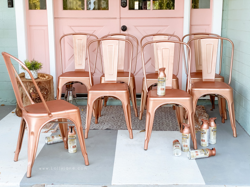 Check out how to transform metal chairs for just the cost of spray paint! Get a whole new look instead of buying new chairs, paint what you have! Spray paint is a quick and easy way to transform metal furniture while still maintaining a long lasting finish, get our pro tips here! #howtospraypaintfurniture #howtospraypaintmetalchairs #furniturepaintingtips #howtopaintchairs #howtopaintoutdoorfurniture