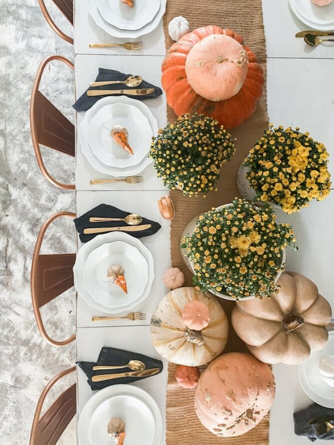 Jazz up your fall or Thanksgiving get togethers with these easy DIY Painted Leaf Place Cards in just a few minutes to add a personalized touch + bring in instant autumn ambience! #thanksgiving #fallparty #placecards #namecards #diy #falldecor #falldecorations
