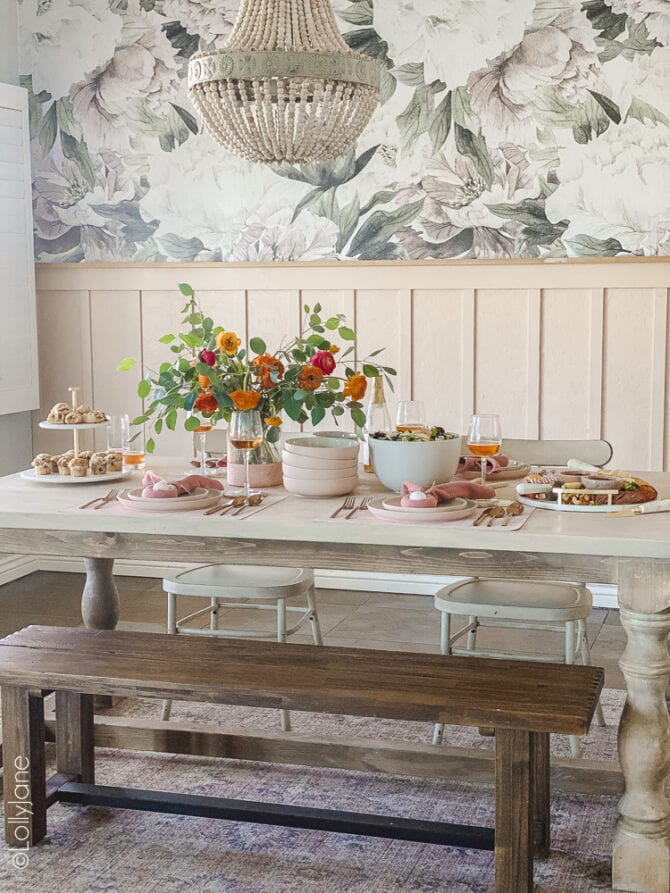 Pretty in pink! Love this simple Easter table scape, easy to copy look to make your own Easter brunch pop! #easter #easterdecor #easterdecorations #eastertablecape #springtablescape #tablescape #tabledecor #eastertabledecor