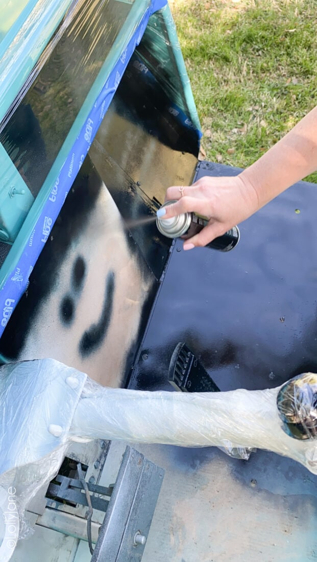 Easiest makeover with the help of Colorshot spray paint! NO professional painter needed, just a little patience! #golfcart #golfcartmakeover #paint #paintingtips #painttips #spraypaint #spraypainting #spraypainttips