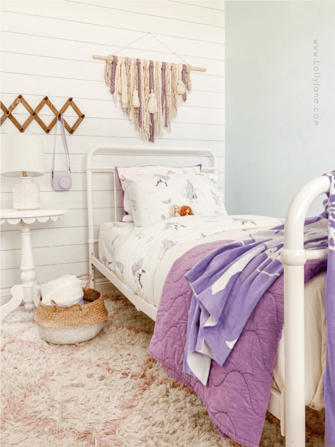 Do you have a Frozen 2 fan in your home? These Frozen 2 room decor ideas include soft, modern themed bedding and simple accessories to create the bedroom of their dreams.
