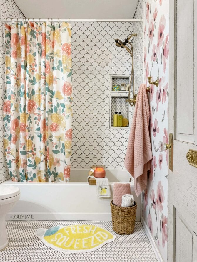 Tropical Summer Bathroom Ideas sure to cheer up your bathroom space all summer long! Cutest deals from Walmart, love the lemons!