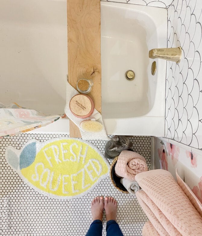 Cutest ever lemon bathmat, love all of this chic decor... all found at Walmart home!