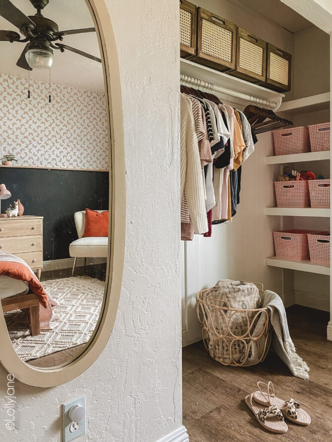Boho styled guest bedroom, chic but also great tips too make your own guests feel comfortable!