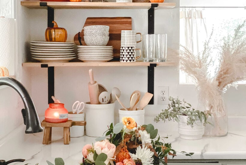 Style your kitchen shelves with these cute and affordable MUST HAVE items from Walmart Home! Love them decked out for fall!